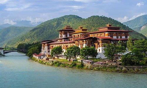 5 Nights Bhutan Overland Tour