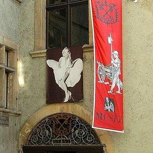 Musée d'Art et d'Histoire à La Neuveville (façade entrée)
