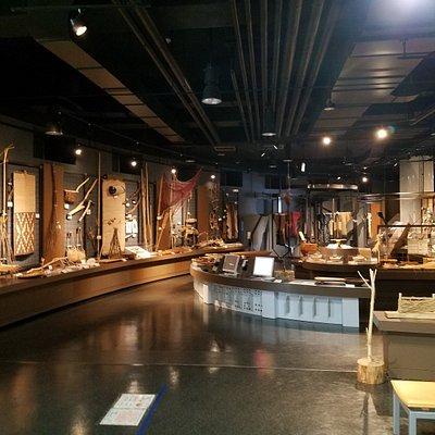 札幌市アイヌ文化交流センターピリカコタン展示室です