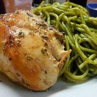 Tallarines Al Pesto Con Pollo Asado