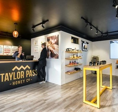 Taylor Pass Honey - a taste worth exploring!