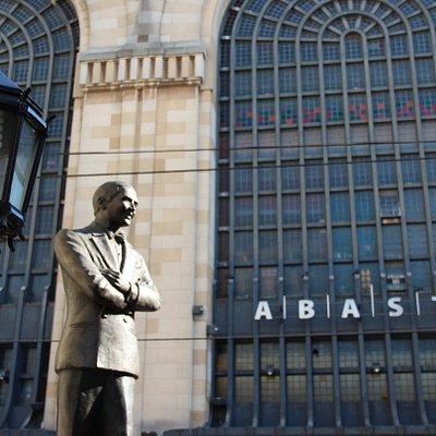 Monumento a Carlos Gardel en el Abasto de Buenos Aires
