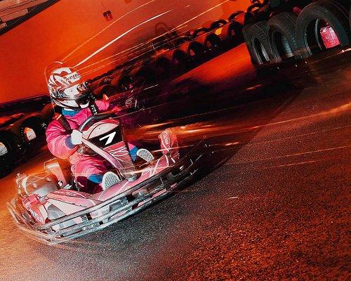 Kartbaan met fly-over en tunnel! Duidelijk geïnspireerd op Monaco.