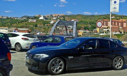 Ponte Pedonal Metálica de Peso da Régua, Portugal