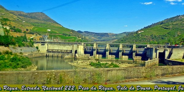 Barragem da Régua, N222, Vale do Douro, Portugal