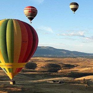 Balloon Flight Adventure in Madrid, Spain. Adventure & Outdoor Sports in Spain with Ole Outdoor.