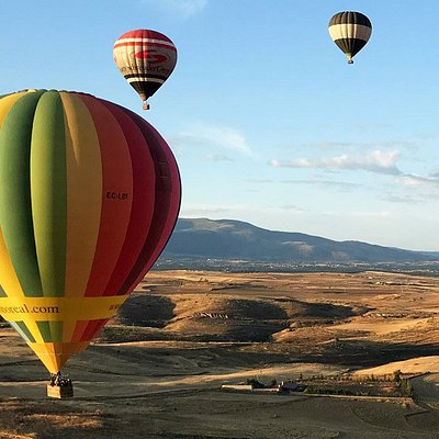 Balloon Flight Adventure in Madrid, Spain. Adventure & Outdoor Sports in Spain with Ole Outdoor.