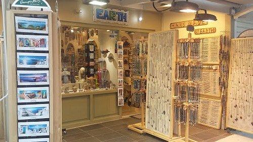 EARTH shop Dassia