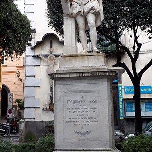 Statua Torquato Tasso