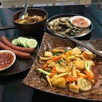 Morning Glory Thai Vegetarian Restaurant & Cooking Classes