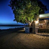 siparos seaside restaurant
