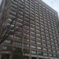 宮城県庁の本庁舎に入っています