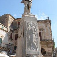 Monumento ai Caduti per il 25 aprile