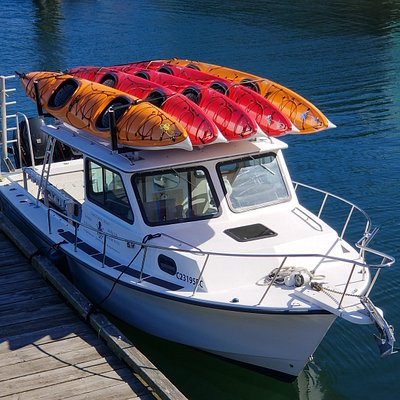 Kayak and canoe rentals with shuttle service direct to the Broken Group Islands