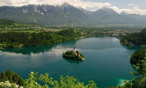 Lake Bled and Ljubljana Tour from Sistiana