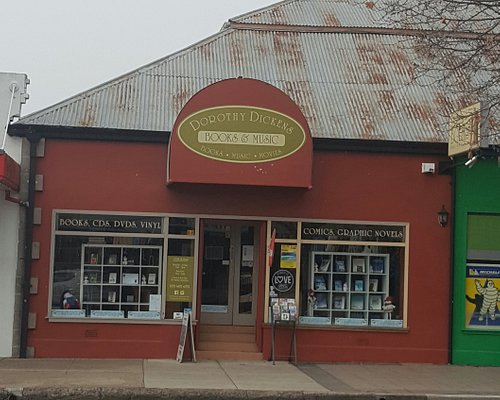 Squished between a piza shop and a tyre shop, sheltered by a big, ol' Plane Tree in Cooma NSW you'll find Dorothy Dickens Books & Music.