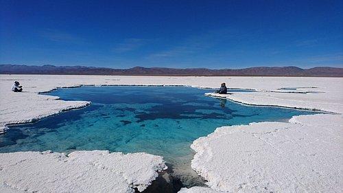 Salinas Grandes es la denominación de un salar limítrofe de las provincias argentinas de Salta y Jujuy, ubicado en el Altiplano, en el norte Argentino.  Distante a 66 km de Purmamarca y accediendo a través de la Ruta Nacional 52, se extienden sobre un área de 212 km² en el departamento jujeño de Tumbaya y en el salteño de La Poma.