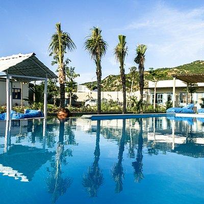 Sorrento Beach Club