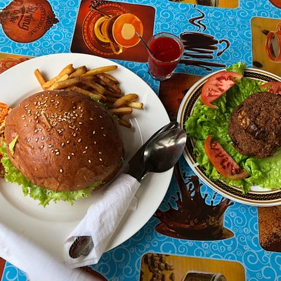 Best burgers in wiligama Low price!