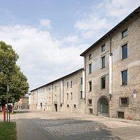 Il Fronte dell'Edificio  Foto: Giulio Boem