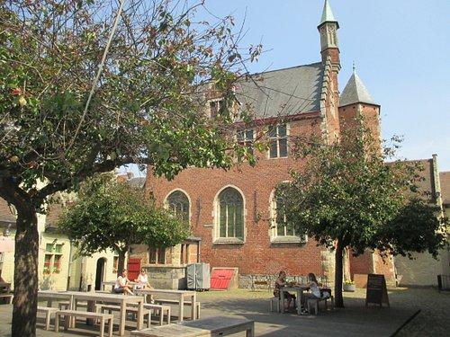Ghent, The House of Alijn, courtyard