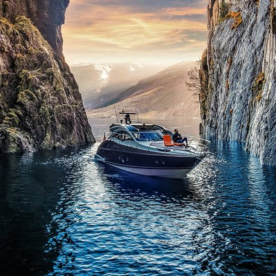 Experience the Magic of the Norwegian fjord  Pictures from the Vagabound`s Cave in Lysefjord
