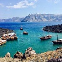 Gita al vulcano da Santorini! Dove e' possibile fare il bagno nelle sorgenti di acqua calda