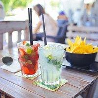 Leckere Cocktails und Drinks
