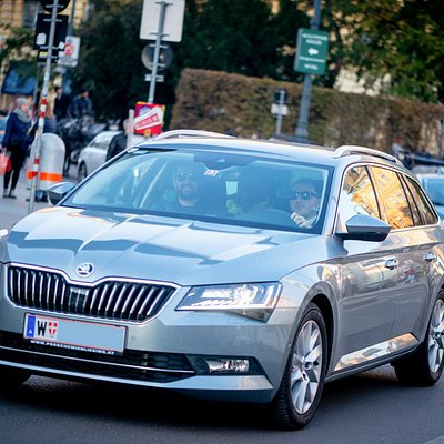 Quality airport transfer service in Vienna