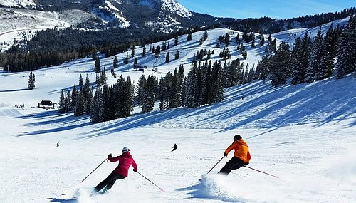 Cottonwood Ski Resorts are located 14 to 20 miles from hotel.