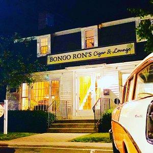 Bongo Ron's front of building