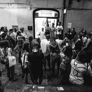 Vo štvrtok 17. augusta 2017 sme vás privítali na vernisáži výstavy diel Dominiky Žákovej s názvom KLUB ANONYMNÝCH FARIEB. Ďakujeme za toky Viki Kollerová. :)