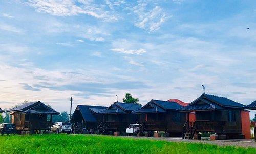 Recommend hotel / resort in Wichianburi  - Clean - Comfort - WiFi - Parking - Etc.