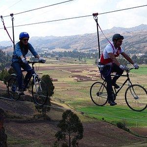Skybike Cusco Animese a pedalear por los cielos y disfrute de esta increíble experiencia.
