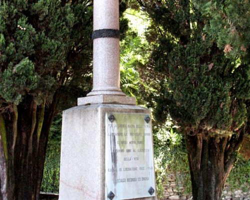 Monumento ai caduti di Casciago