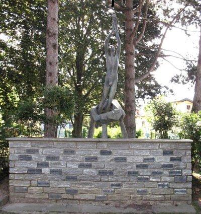 Monumento ai caduti di Comerio