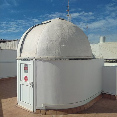 Astronomical experience from an amateur observatory in Gran Canaria