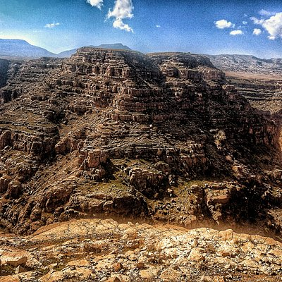 DarrehKhazineh is the intimate experience with nature. This naturally occurring horsehoe bend is located about 40 km southeast of Poldokhtar city, Lorestan, Iran. It overlooks one of the most spectacular views on the Seymareh River. It takes between 2-2.5 hours to get there, from KhorramAbad city, center of the province.  This photo has taken by Sony mobile phone in November 2018.