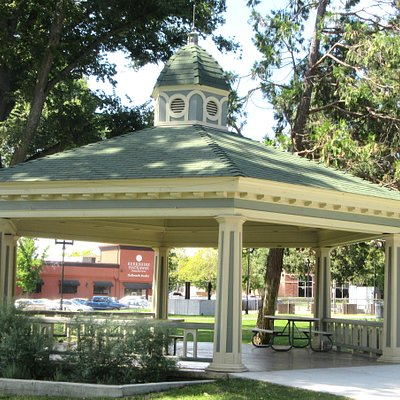 City Park, Town Center Area, Paso Roblese, Ca