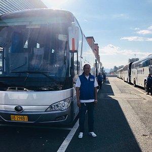 赞巴士司机车队