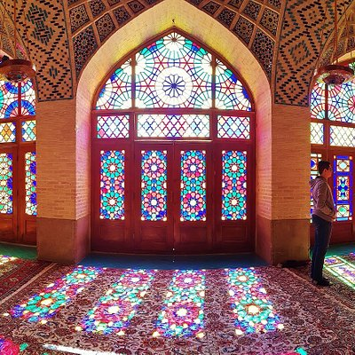 Nasir al-Molk mosque (pink mosque), photo by shirazdailytours