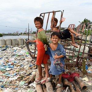 Slum Baseco Compound. Photo by B. Brown.