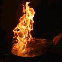 Nous cuisinons nos plats devant vous