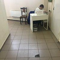 Праздник, начинается с платного туалета))))