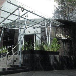 Providens Casino se encuentra en una de las mejores zonas de Guadalajara, estamos ubicados en Punto Sao Paulo ¿te esperamos?