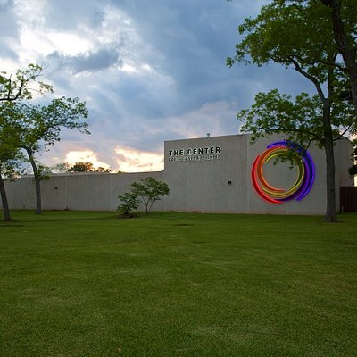The Center for the Arts & Sciences includes Brazosport Museum of Natural Science, Brazosport Art League Gallery and Studio, Freeport LNG Theater (400 seat), Dow Arena Theater (200 seat) and BASF Planetarium. The Center is also the headquarters for Brazosport Symphony Orchestra (concerts across the parking lot at Brazosport College's The Clarion performance hall).