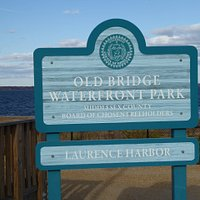 Sign greeting visitors at entrance to Old Bridge Waterfront Park