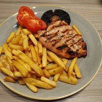 Chicken and chips with a large mushroom!