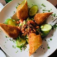 Väldig god och fräsch turkisk mat. Rekommenderar deras Meze large och Babel special som var mycket gott.