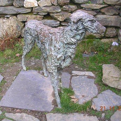 Bronze statue of Gelert (Beddgelert)